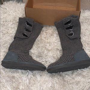 BEARPAW Women's Knit boot gray sz 5M